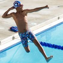SPEEDO 兒童運動泳鏡 Illusion 美國隊長【線上體育】SD811617C837